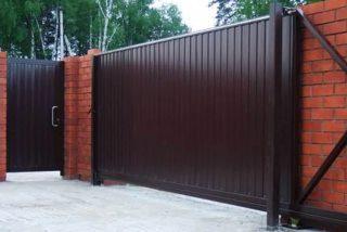 Металлические откатные ворота в Новосибирске