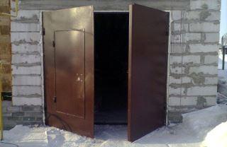 Гаражные распашные ворота в Новосибирске
