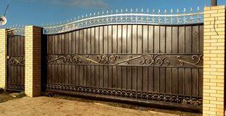 Фото процесса производства Кованые ворота откатные в Новосибирске