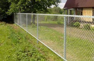 Забор из сетки рабицы в Новосибирске