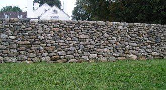 Забор из камня под ключ в Новосибирске